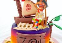 Torta pequeña con diseño multicolor en fondant Moana